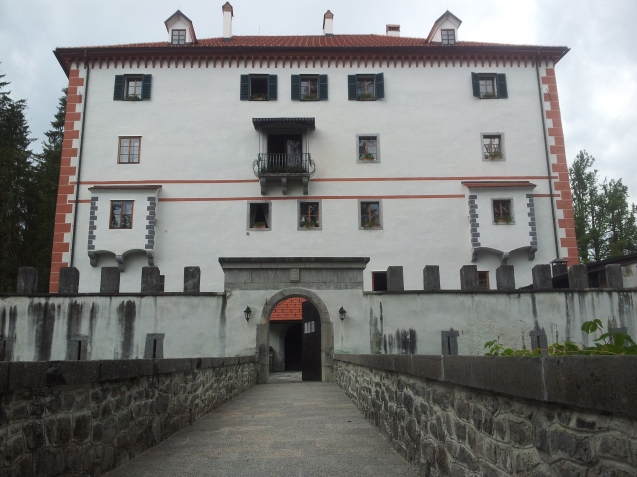 sneznik_castle1