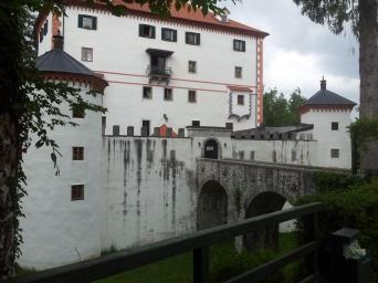 sneznik_castle2